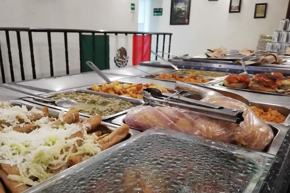 comida-buffet-real-del-monte